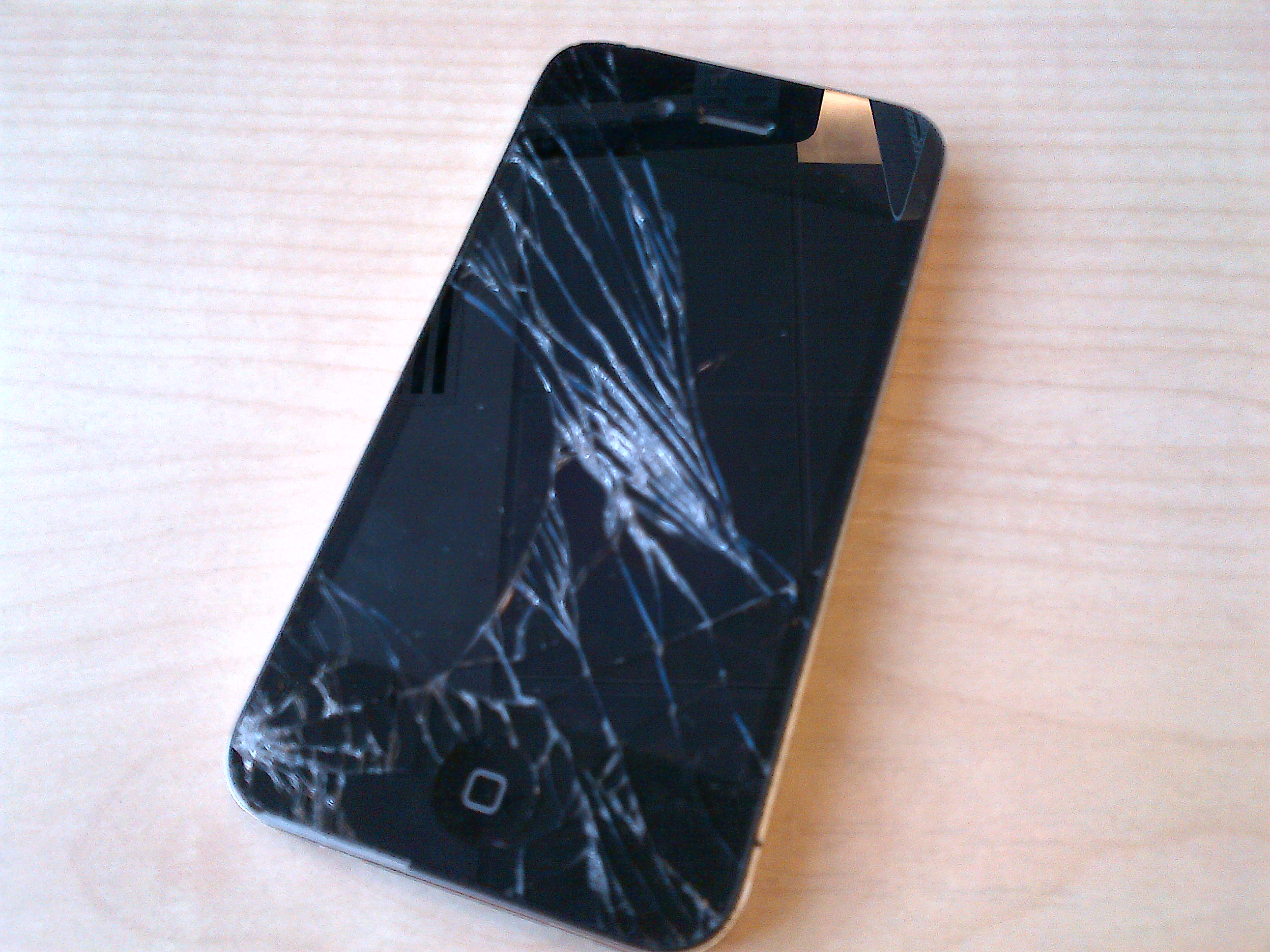 iPhone Busted Screen - If your phone looks like this, we can fix it,